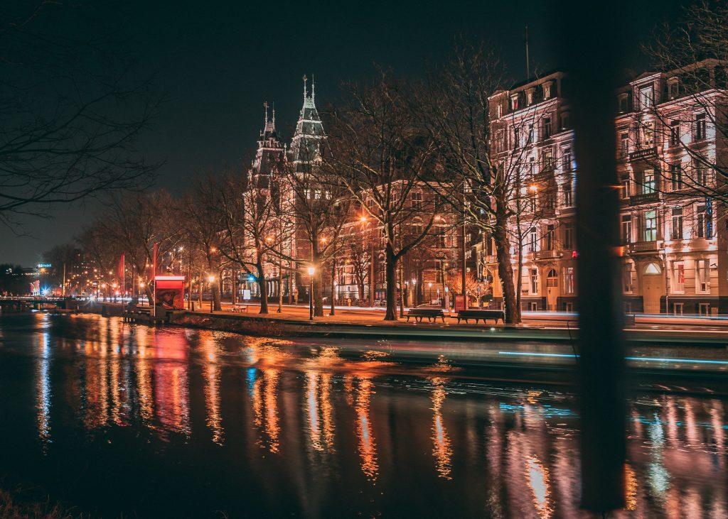 Hvor skal man bo i Amsterdam?