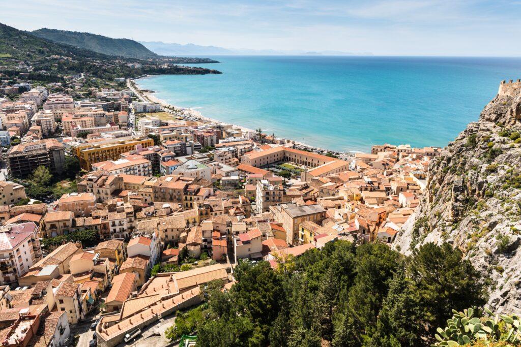 Hvor skal man bo i Cefalu på Sicilien?