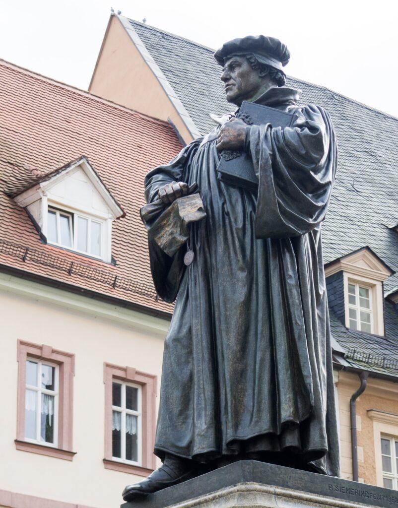 Luther statue i Eisleben, Tyskland